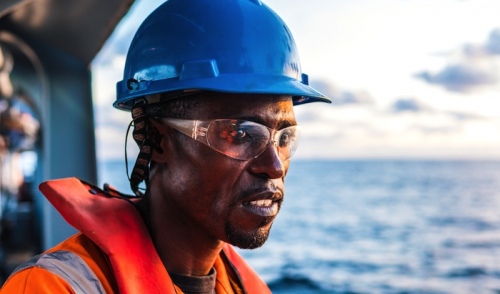 Theft and extortion 'common experiences among seafarers'