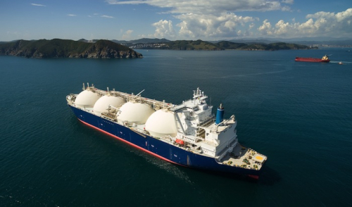 Study declares LNG as the most viable alternative fuel for shipping