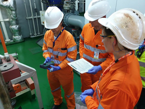 Commissioning testing of ballast water management systems