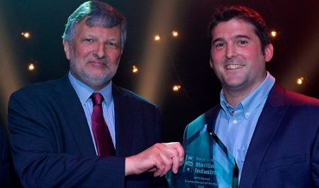 Dan Hook (right) receiving his award from Richard Burt (left)