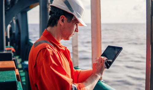 Senior crewmembers will 'move jobs' to get better Internet access