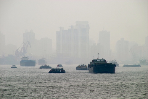 Alternative maritime fuels and ship emissions